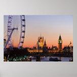 Casas del parlamento y del ojo de Londres Poster
