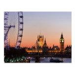 Casas del parlamento y del ojo de Londres Tarjeta Postal