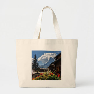 Casas del pueblo de Cervino y de Zermatt, Suiza Bolsa Tela Grande