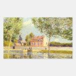 Casas en los bancos del Loing de Alfred Sisley Rectangular Pegatina