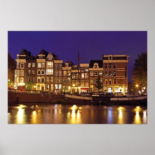 Casas medievales en el Amstel en Amsterdam la red Posters