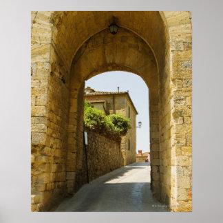 Casas vistas a través de una arcada, Porta Franca, Póster