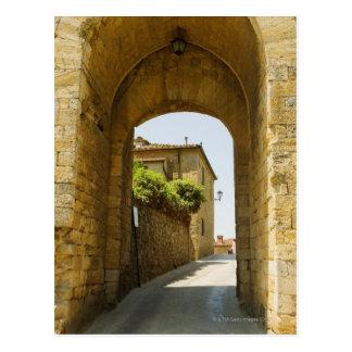 Casas vistas a través de una arcada, Porta Franca, Tarjeta Postal