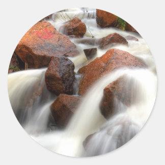 Cascada 01 pegatina redonda