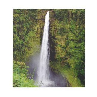 Cascada cerca de Hilo en la isla de Hawaii Libreta Para Notas