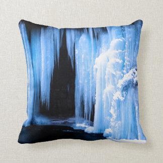 Cascada congelada almohadas
