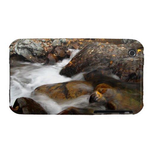 Cascada de Alaska del otoño del AAW iPhone 3 Case-Mate Cárcasas