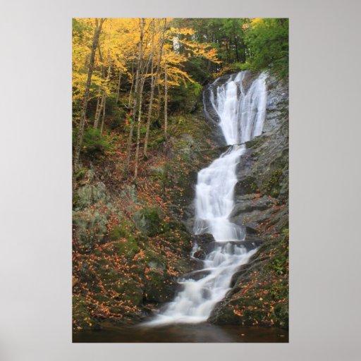 Cascada de Berkshires del otoño de las caídas del  Impresiones