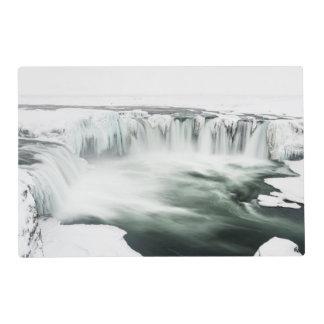 Cascada de Godafoss, invierno, Islandia Tapete Individual
