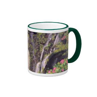 Cascada de Hana en la taza de Maui