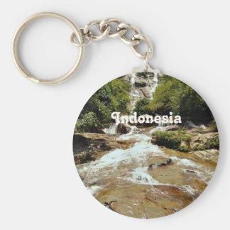 Cascada de Indonesia Llaveros
