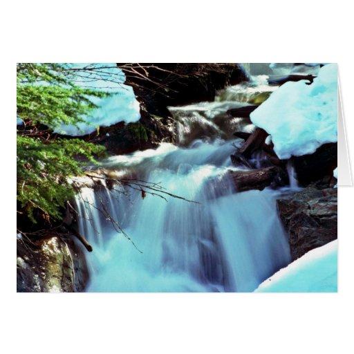 Cascada de la corriente del invierno tarjeta de felicitación