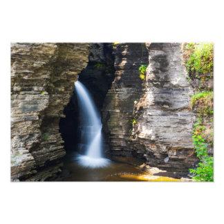 Cascada de la entrada cañada de Watkins Nueva Yo Foto