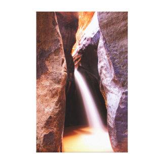 Cascada del barranco de la ranura impresiones en lona