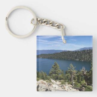 Cascada del lago en el lago Tahoe del sur Llavero Cuadrado Acrílico A Doble Cara