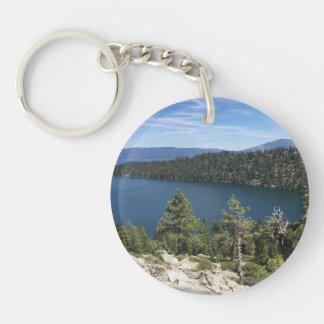 Cascada del lago en el lago Tahoe del sur Llavero Redondo Acrílico A Una Cara