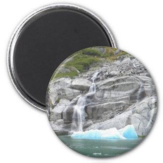 Cascada e iceberg Alaska dentro del paso Imán Redondo 5 Cm