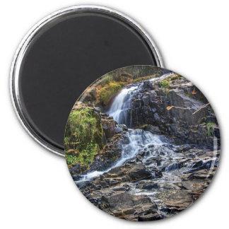 Cascada en la cala de Chester Imán Redondo 5 Cm