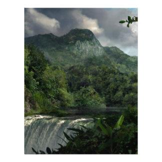 Cascada en la selva de las montañas membretes personalizados