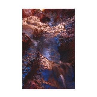Cascada en las aguas termales de Arizona Impresión En Lienzo Estirada