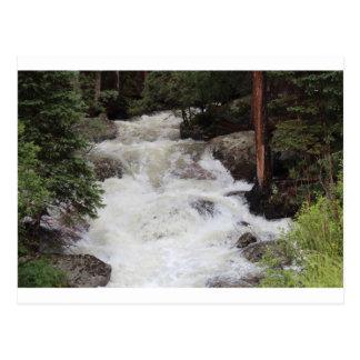 Cascada en Parque Nacional de las Montañas Rocosas Tarjetas Postales