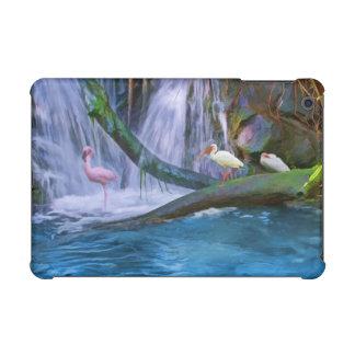 Cascada, flamenco, e Ibis tropicales