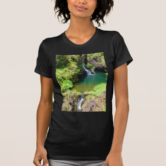 Cascadas a lo largo del camino a Hana, Maui, T-shirts