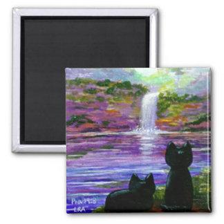Cascadas divertidas Creationarts del gato negro Imán Cuadrado