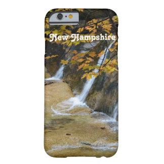 Cascadas en New Hampshire Funda De iPhone 6 Barely There