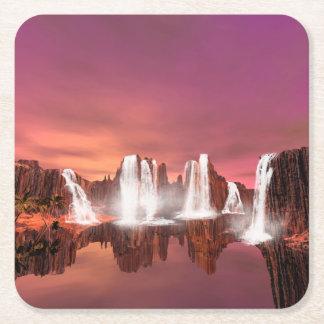 Cascadas impresionantes en un mundo de fantasía posavasos personalizable cuadrado