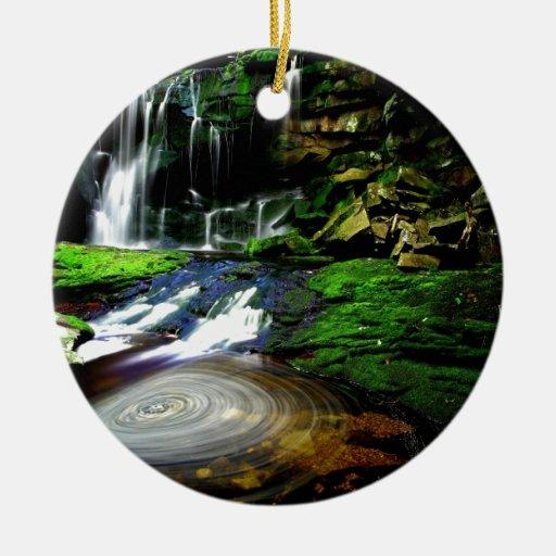 Cascadas tranquilas los E.E.U.U. de Elakala del ag Ornamentos Para Reyes Magos