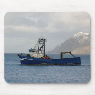 Cascade Mariner, Crab Boat in Dutch Harbor, AK Mouse Pad