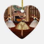 Cascanueces - ornamento español del corazón de adorno navideño de cerámica en forma de corazón
