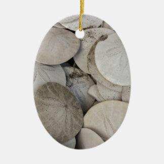 Cáscara del mar de los dólares de arena adorno ovalado de cerámica