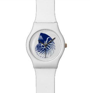 Cáscara del nautilus - azules marinos y blanco reloj