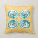 Cáscaras diseño, turquesa y amarillo del mar cojines