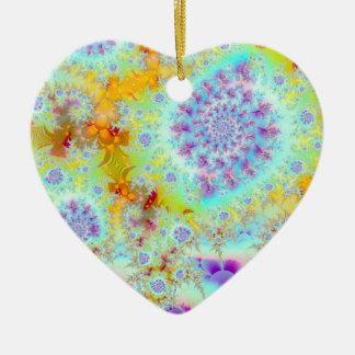 Cáscaras violetas de oro del mar, océano abstracto adorno de cerámica en forma de corazón