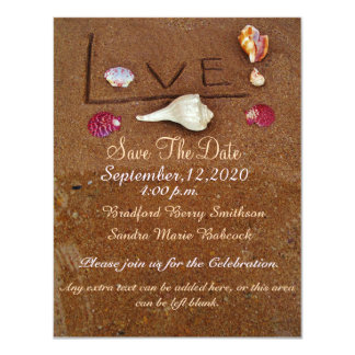 Cáscaras y amor en reserva de encargo del boda de invitación