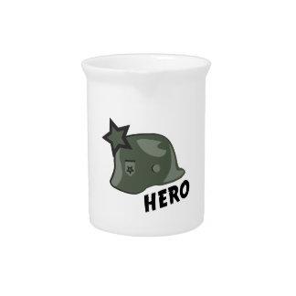 Casco del héroe jarras
