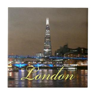 Casco estupendo Londres Azulejo Cerámica