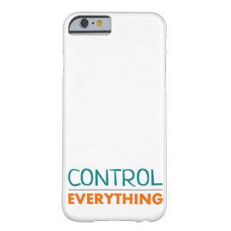 """Casco """"Everything is under control """" Funda Para iPhone 6 Barely There"""