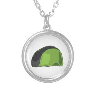 Casco verde collares personalizados