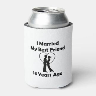 Casé a mi mejor amigo hace 18 años enfriador de latas