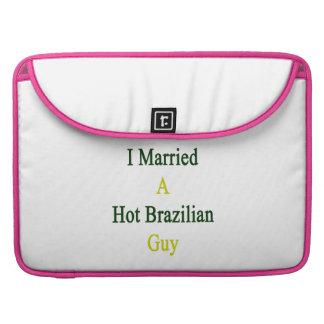 Casé a un individuo brasileño caliente funda para macbooks