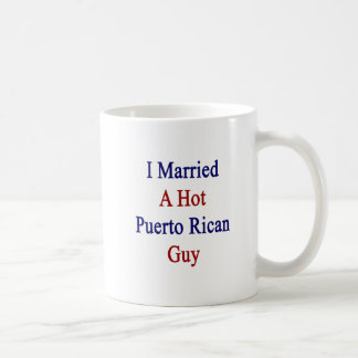Casé a un individuo puertorriqueño caliente tazas