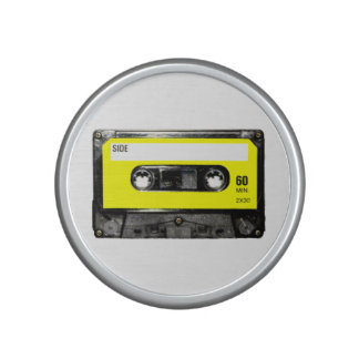 Casete amarillo de la etiqueta altavoz
