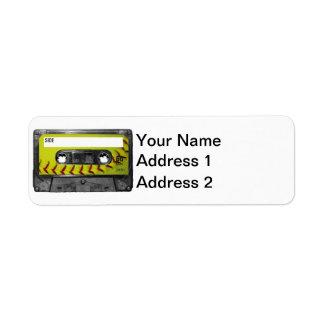 Casete amarillo de la etiqueta del softball etiquetas de remite