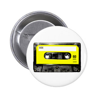 Casete amarillo del vintage de la etiqueta pin redondo 5 cm