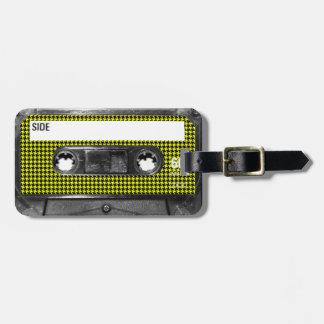Casete amarillo y negro de la etiqueta de Houndsto Etiqueta De Maleta