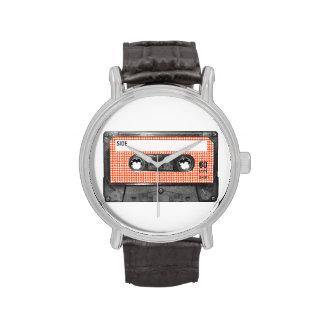 Casete anaranjado y blanco de la etiqueta de Hound Reloj De Mano